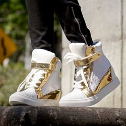Shoespie High Upper Color Block Sneakers