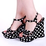 Shoespie Cute Dots Wedge Sandals