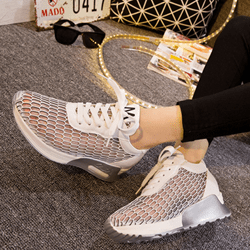 Shoespie Letter M Mesh Sneakers