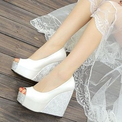 Shoespie Pure Solid Color Peep Toe Wedge Heel Bridal Shoes