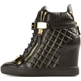 Shoespie Black Treading Elevated Sneakers