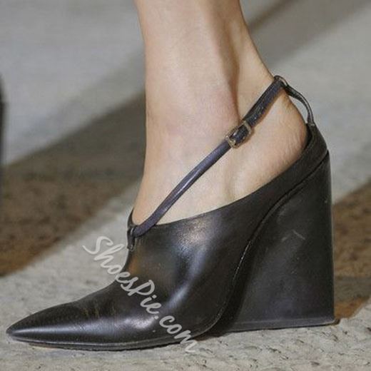 Shoespie Runway Style Black Pointed Toe Wedge Heels