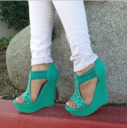 New Arrival Green Coppy Leather Wedge Sandals