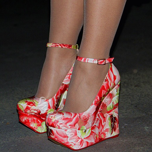 Shoespie Spring Pink Flower Wedge Heels