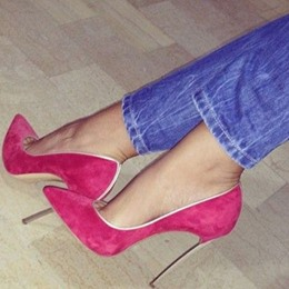 Good-Looking Contrast Color Pointed-toe Heels