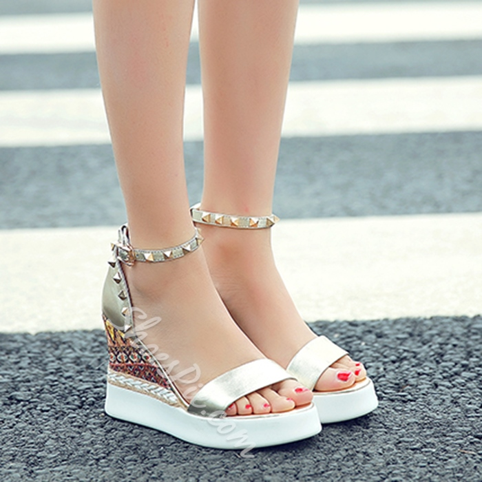 Shoespie Boho Print Rivets Wedge Sandals