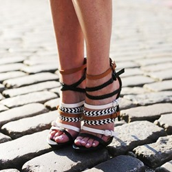 Shoespie Strappy Sandals