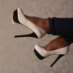 Shoespie Simply Two Tone Platform Heels