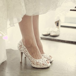 Shoespie Summer Romantic Lace Peep Toe Bridal Shoes