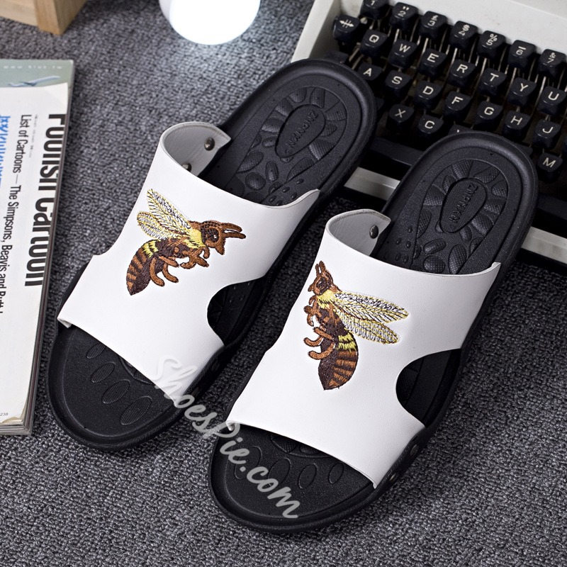 Shoespie Designer Bees Embroidery Men's Flip Flops
