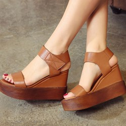 Shoespie Solid Color Platform Wedge Sandals