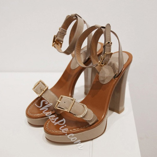 Shoespie Buckles Decorated Platform Sandals