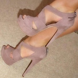 Shoespie Solid Light Pink Platform Heels