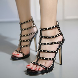 Shoespie Black Rivets Strappy Sandals