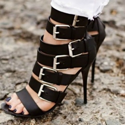 Shoespie Black Buckles Sandals