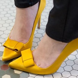 Shoespie Chic Yellow Bowtie Court Shoes
