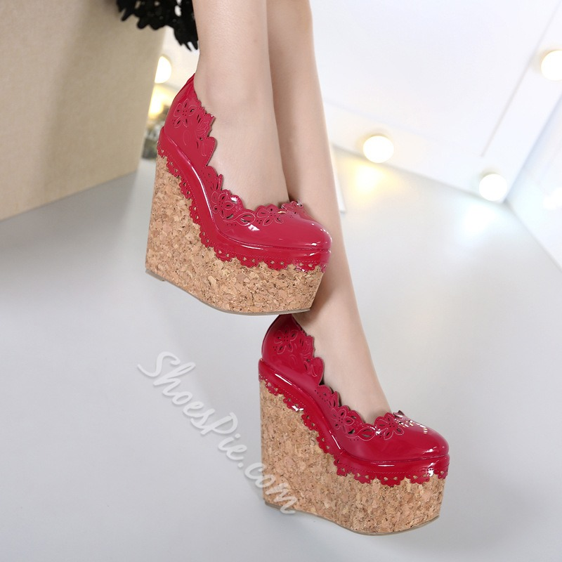 Shoespie Flower Tab Round Toe Wedge Heels