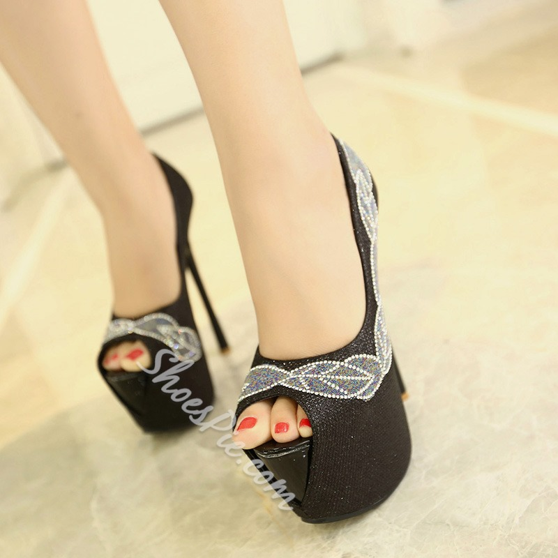 Shoespie Vintage Feather Appliqued Platform Heels