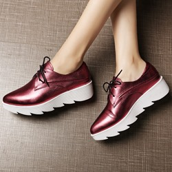 Shoespie Brush Off Lace Up Lug Sole Sneakers