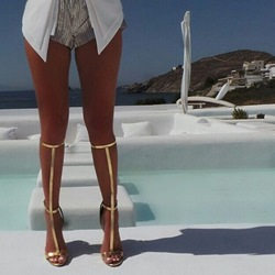 Shoespie Golden Strappy Gladiator Sandals