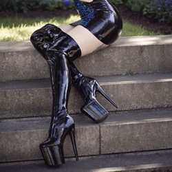 Shoespie Date Night Black Patent Leather Thigh High Boots