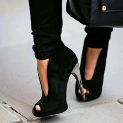 Shoespie Awesome Deep V Stiletto Heels