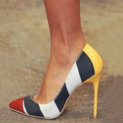 Beautiful Contrast Color Pointed-toe Heels