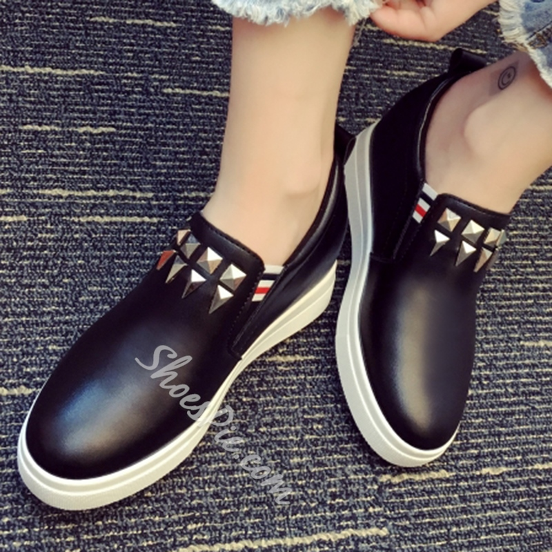 Shoespie Geometric Rivets Sneakers