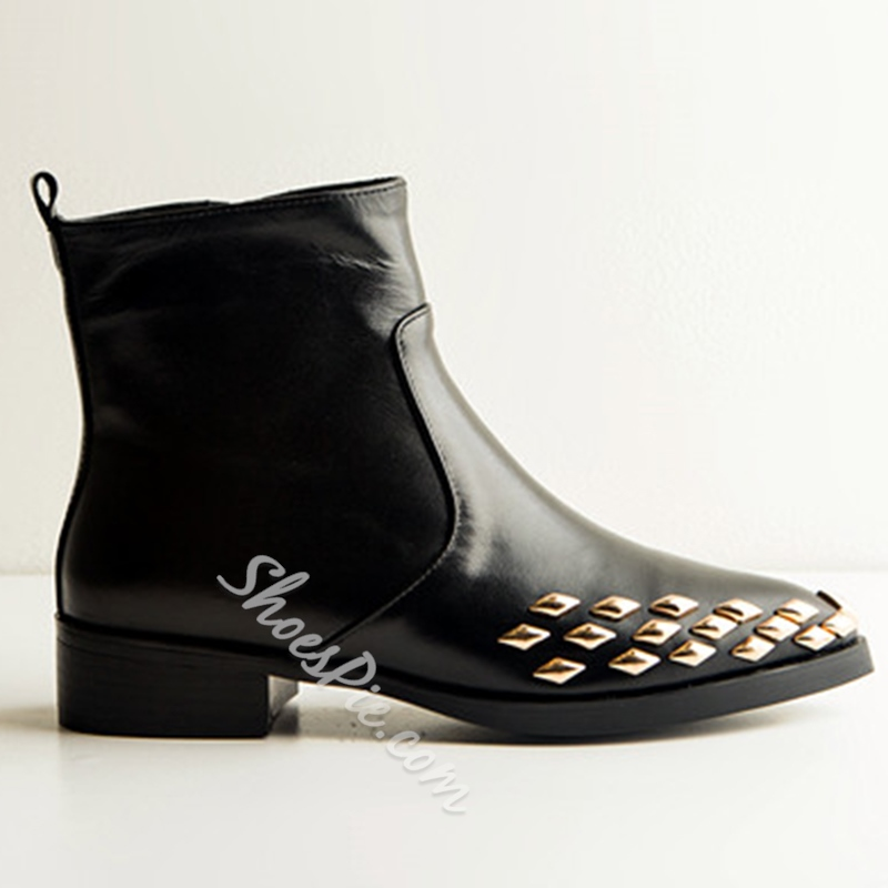 Shoespie Black Metal Rivets Pointed Toe Flat Ankle Boots