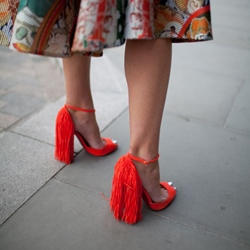 Shoespie Orange Aurora Fringes Sandals