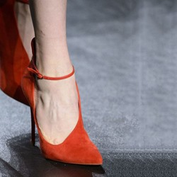 Shoespie Orange Pointed Toe Stiletto Heels