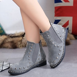 Shoespie Simply Rivets Flat Boots