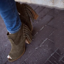 Shoespie Green Fringe Block Heel Fashion Booties