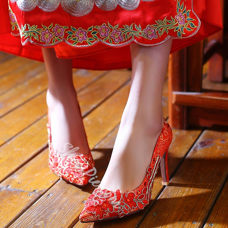 Shoespie Red Floral Embroidered Chinese Wedding Shoes