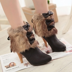 Shoespie Furry Bow Appliqued Ankle Boots