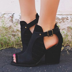 Shoespie Black Block Heel Shoes