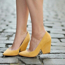 Shoespie Light Yellow Suede-like Wedge Heel Pumps