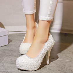 Shoespie White Beaded Floral Appliqued Platform Bridal Shoes