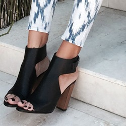 Shoespie Black Wooden Heel Sandals