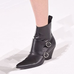 Shoespie Black Wrap Buckle Block Heel Ankle Boots