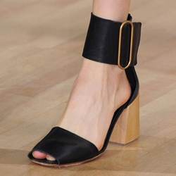 Shoespie Wide Strap Block Heel Sandals