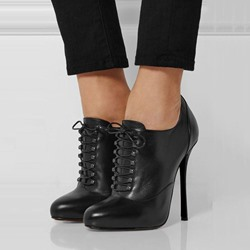 Shoespie Gorgeous Lace Up Stiletto Heel Fashion Booties