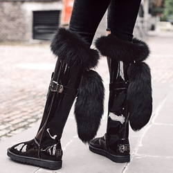 Shoespie Eye-catcher Black Shine Leather Tail Appliqued Snow Boots