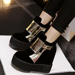 Shoespie Street Style Metal Appliqued Ankle Boots