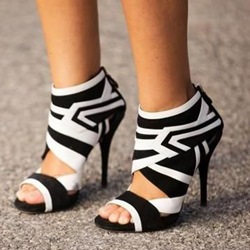 Shoespie Black and White Geometric Patterns Sandal