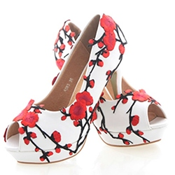 Shoespie White Wintersweet Appliqued Platform Bridal Shoes