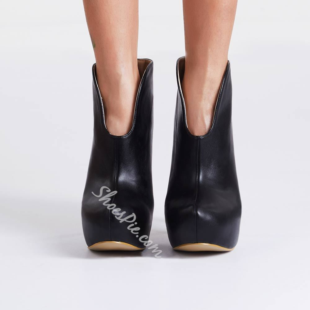 Simple Black Ankle Boots for Daily Wear
