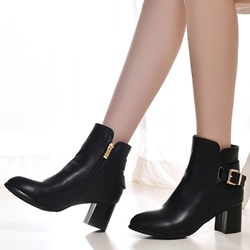Shoespie Plain Color Buckle Chunky Heel Fashion Booties