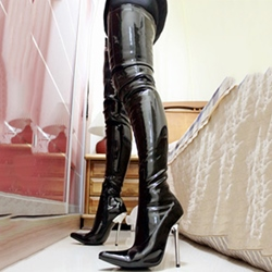 Shoespie Gorgeous Black Shine Leather Knee High Stiletto Boots