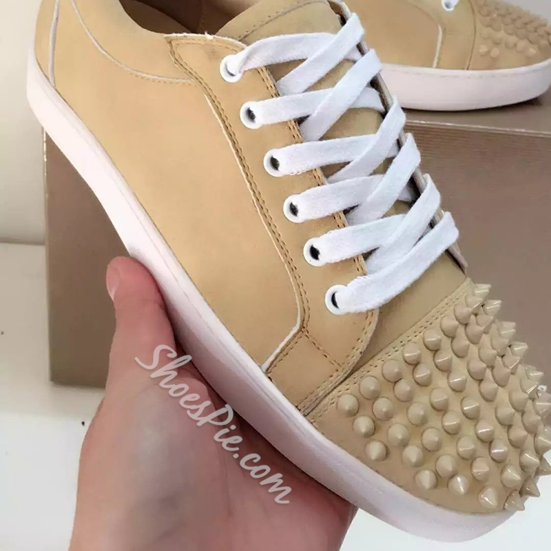 Shoespie Apricot Spikes Men's Skater Shoes